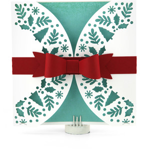 gatefold wreath card