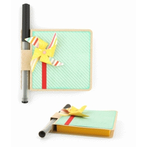 sticky note cover: pinwheel