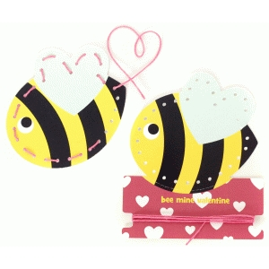 bee valentine lace-up card