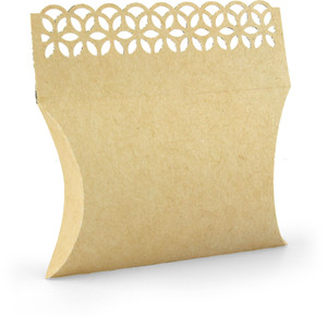 pillow box with lace edge