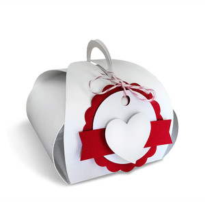 gift box with circle tag