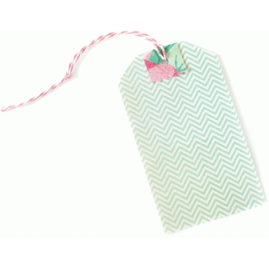 classic tag with pinked edge