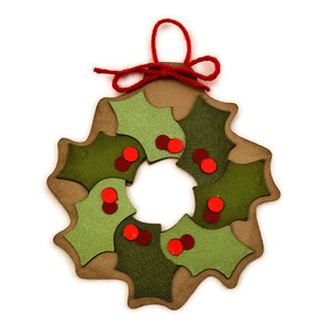 holly wreath ornament for tree