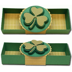 3d box with clover wrap