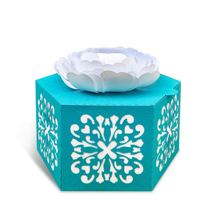 gift box with 3d flower