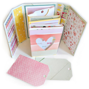 accordion mini album with tags