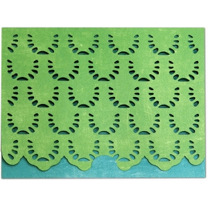 a2 card crescent closure scallop rows