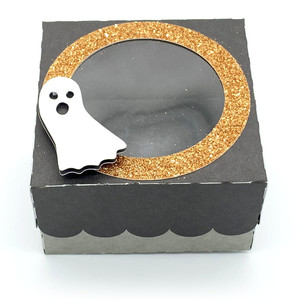 window lid square box with ghosts
