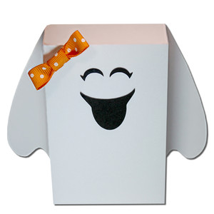 ghost treat box girl
