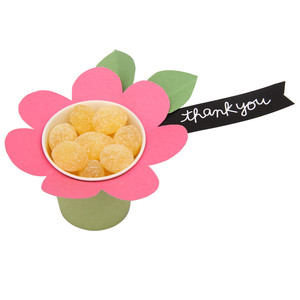 daisy treat cup
