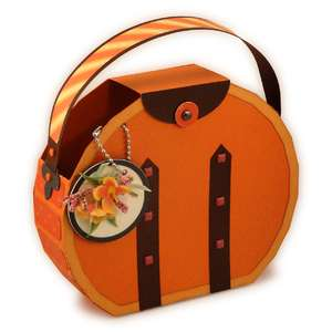 round hat box 3d tote