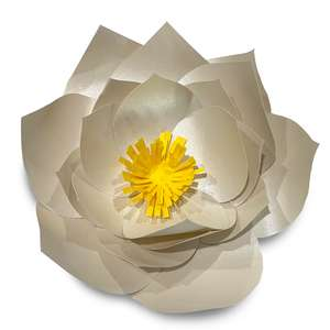 creamy 3d medium flower