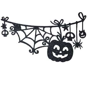 halloween garland with pumpkin