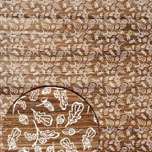 autumn wood pattern with oak leaves and acorns