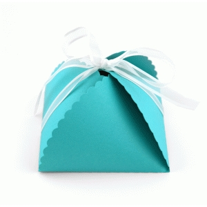 3d lori whitlock petal closure box