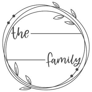 the personalized family wreath