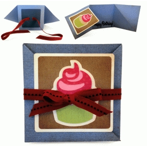 triangle folds card with birthday cupcake tile