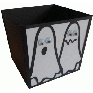 scared ghosts candy box