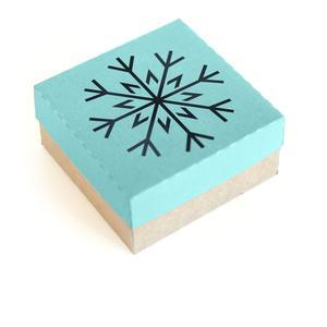 3d winter snowflake box